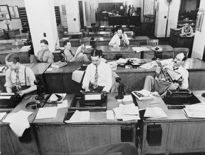 Busy newsroom - 1942